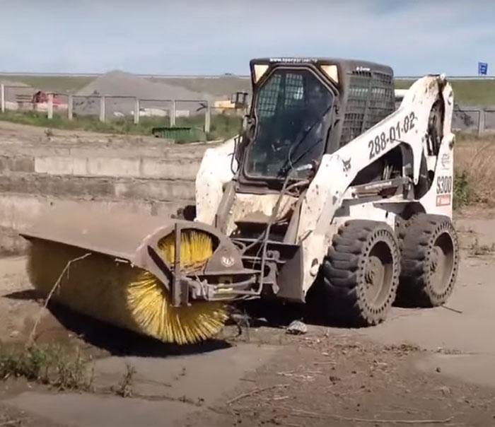 уборка территории от мусора